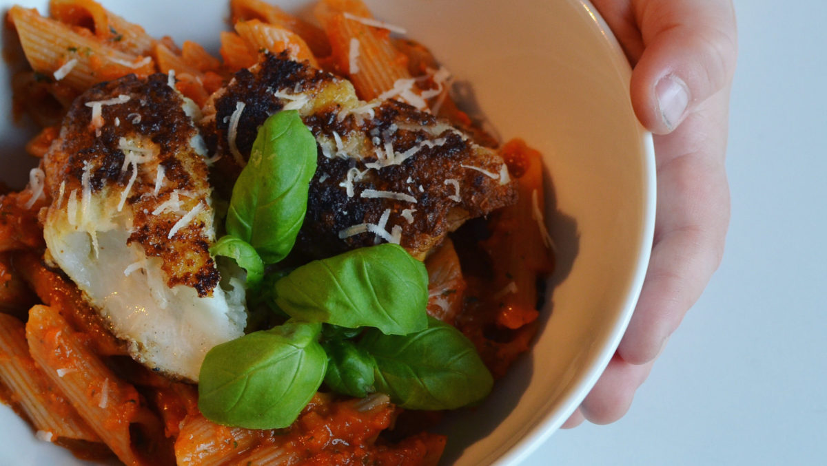pasta tomatsaus torsk