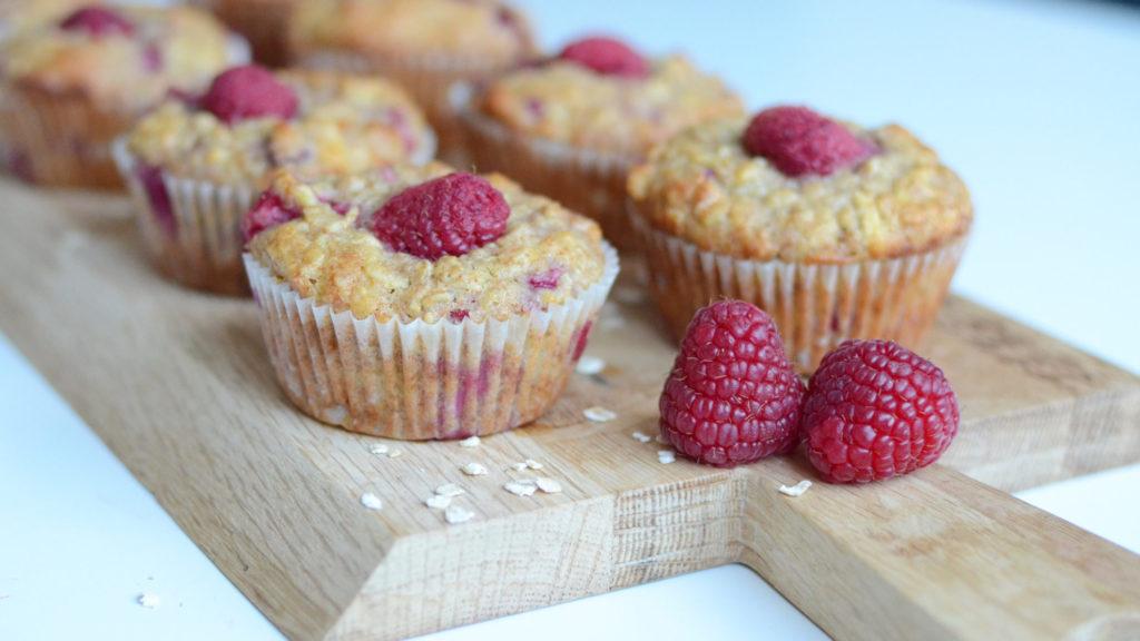 Grove muffins med bringebær